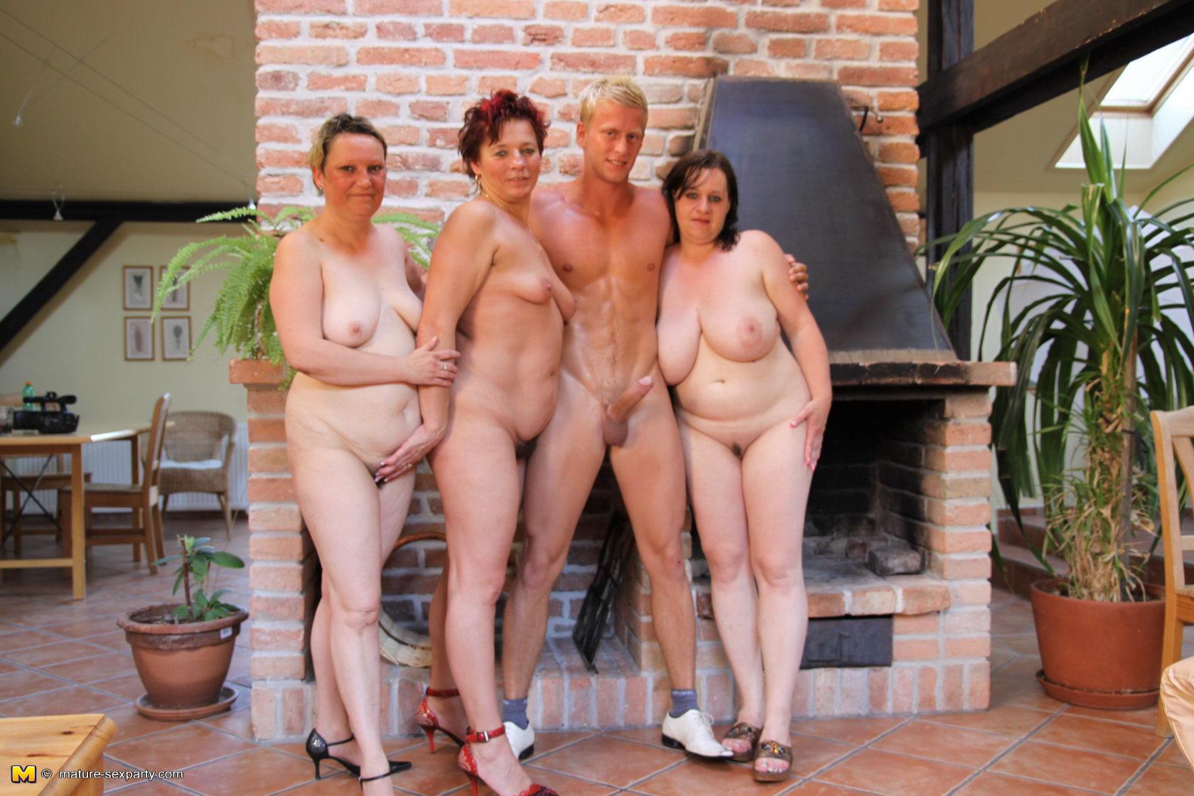 Реальные голые бабушки  Частное фото