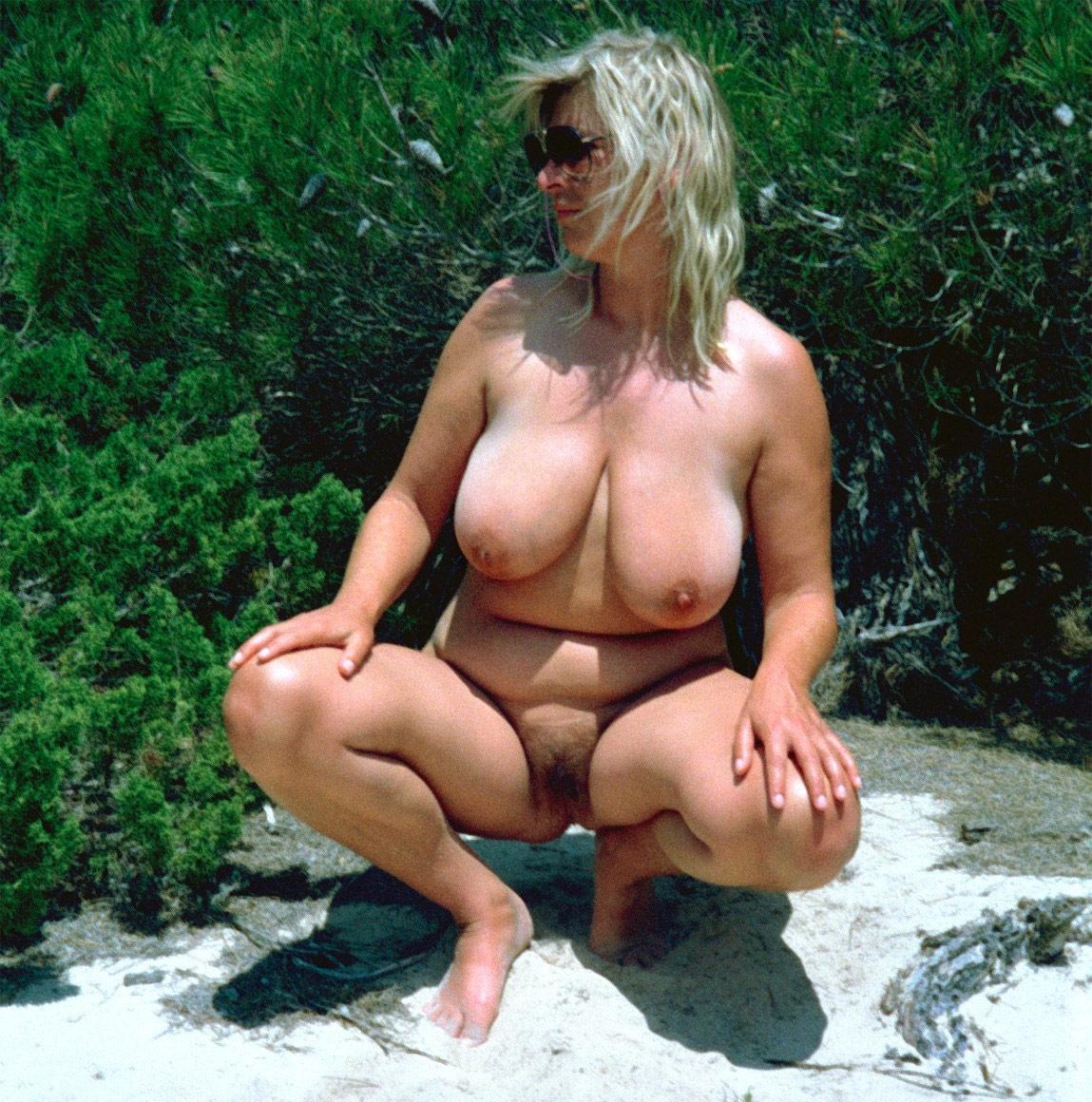 Mature naket