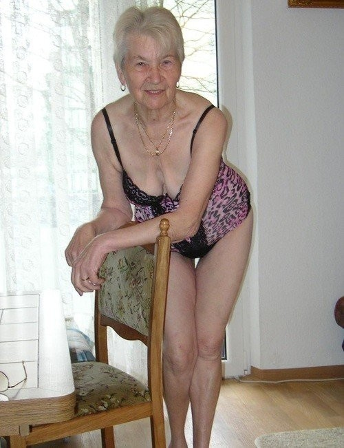 Amateur pic granny Dubio Bikinis